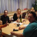 Prijetno druženje za mizo